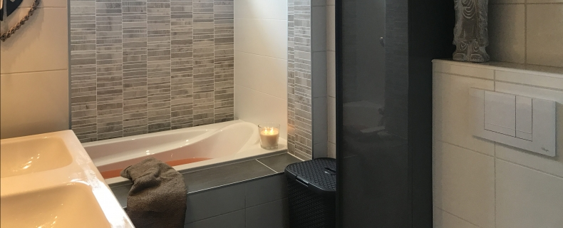 Unieke badkamer met badstee