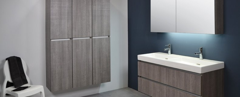 Hoe een badkamermeubel plaatsen/ophangen?