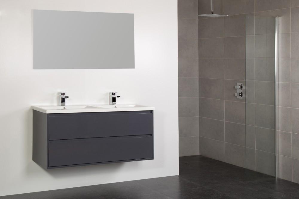 Hangend badkamermeubel met wastafel