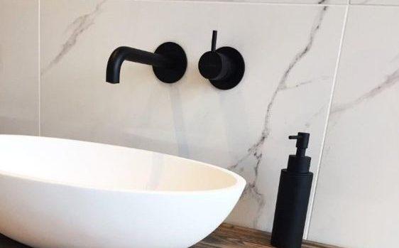 reinigen van Badkamerkraan badkamerxxl