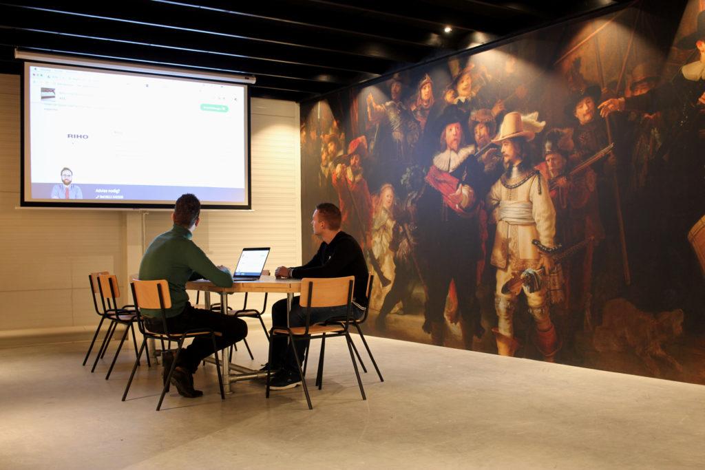 Projectxxl CreativeWork vergaderzaal