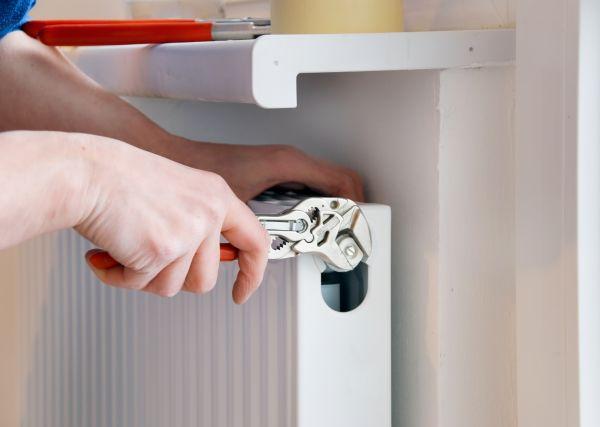 radiator die lekt