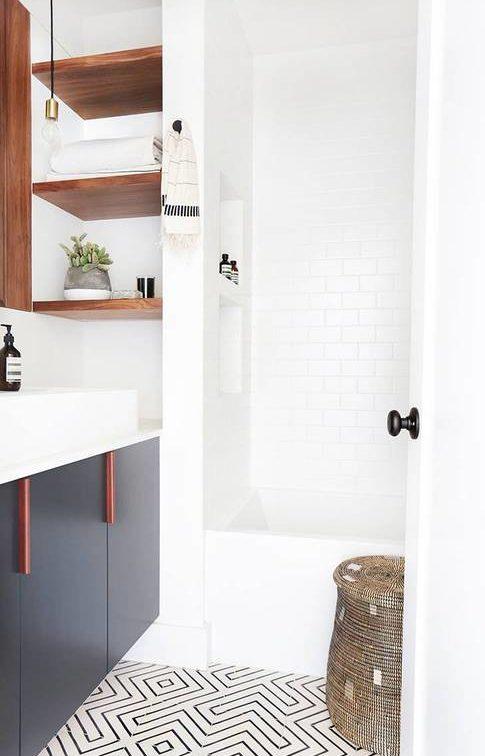 kleine badkamer hout
