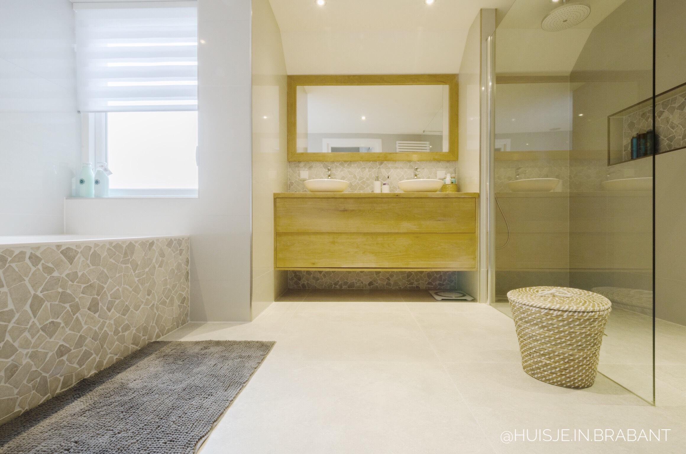 badkamer douche met losse handdouche