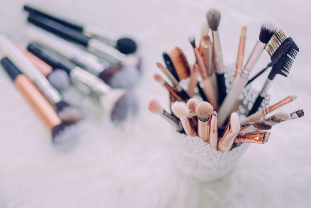make-up in badkamer