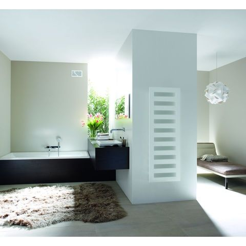 Blinq Arkose radiator 600x1750 mm. n11 as=50 mm 841w wit ral 9016