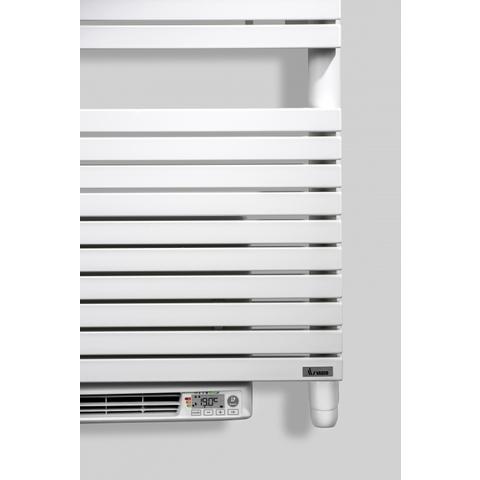 Vasco Carre Cb-El-Bl electr.radiator m/blower 600x1737 n50 2250w zwart 9005