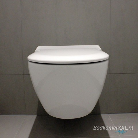 Villeroy & Boch Subway 2.0 DirectFlush toiletset met Tece reservoir/bedieningsplaat glans-zwart