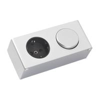 Bewonen Luuk schakelaar/stopcontact tbv de spiegelkast