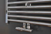 Wiesbaden Riko universeel onderblok aansluitset thermostatisch haaks chroom
