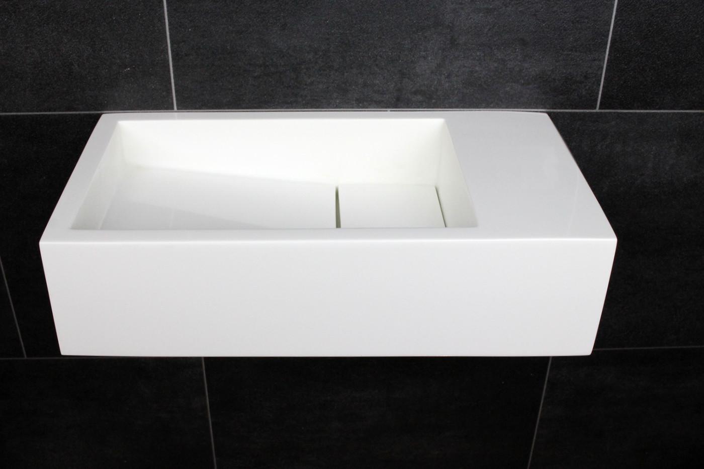 Luca Sanitair  fontein 35x18,5x9h in mineral stone zonder kraangat, l+r te plaatsen, ophang doorboren wit glans