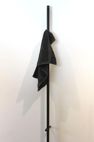 Instamat Jay elektrische handdoekdroger 175 cm mat zwart