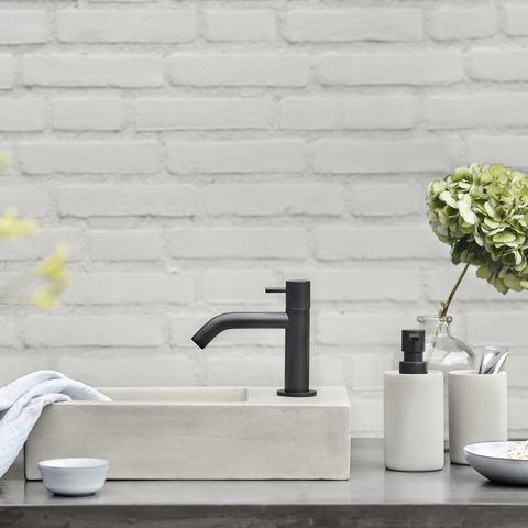 Differnz Ravo fonteinset - kraan gebogen - beton lichtgrijs - mat zwart