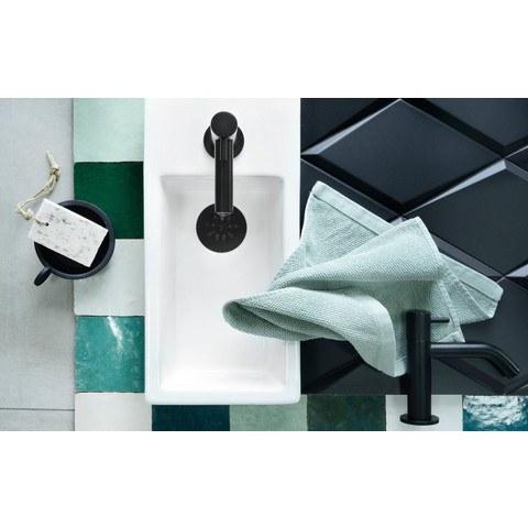 Differnz Ravo fonteinset met zwart frame - kraan gebogen - beton lichtgrijs - mat zwart